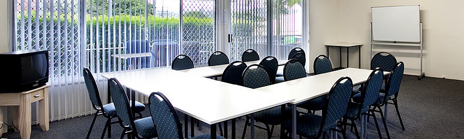 Nambour Lodge Motel is the ideal place to conduct small training sessions or hold meetings for up to 20 people.